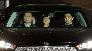 ousted south korean president arrested in corruption investigation