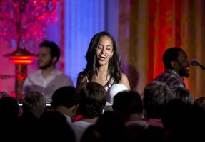 malia obama spotted in nyc with 'mystery guy,' stanford graduate rob franklin
