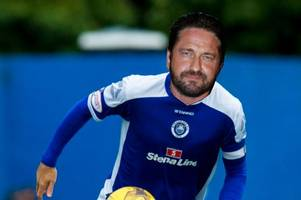 gerard butler to sign for stranraer? boss stevie farrell offers hollywood star chance to join