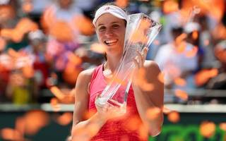 konta increases earnings by a third with miami open triumph