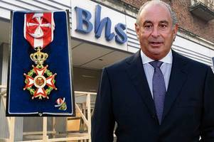 shamed tycoon sir philip green pays £363m to bhs pension scheme in desperate bid to cling on to knighthood