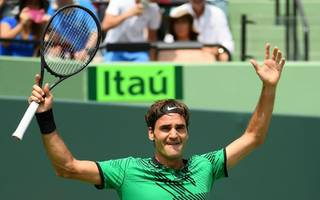 federer continues renaissance by securing miami open crown