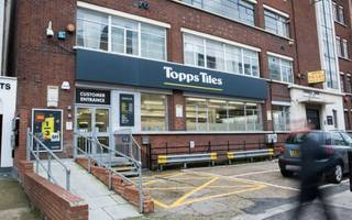 topps tiles' share price slumps as consumer confidence dampens sales