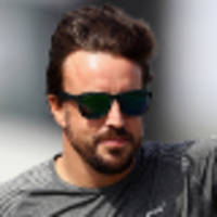 alonso denies he will walk out on mclaren