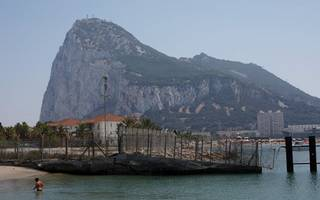 don't mess with the rock: an insider's view of the last gibraltar firestorm