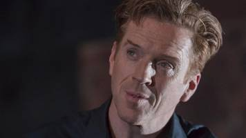 exclusive: damian lewis's ear almost ruined his opening night