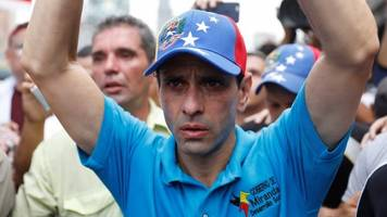 venezuela opposition leader capriles 'banned from politics'