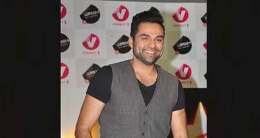 abhay deol takes on shah rukh khan, deepika padukone and other celebs promoting fairness cream ads