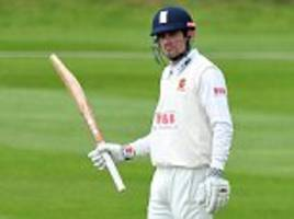 alastair cook hits 50 on first innings since resigning