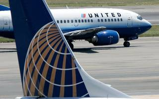 United Airlines changes policy after dragging man from flight