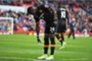 Everton loan man Oumar Niasse misses chance to increase his Hull...