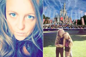 Mum branded 'scrounger' for launching GoFundMe campaign to pay for family holiday to Florida raises £6500