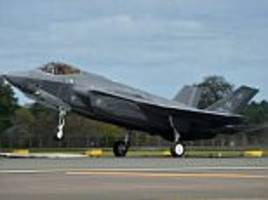 trump's supersonic stealth fighters land in britain