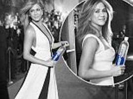 jennifer aniston flaunts her figure in a plunging gown
