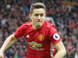 Manchester United's Herrera keen to repay Mourinho faith