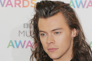 harry styles breaks silence on relationship with taylor swift, tells her 'thank you'