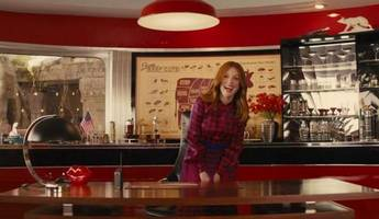first look at julianne moore in 'kingsman: the golden circle' teaser trailer