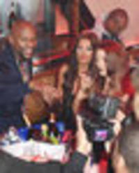 floyd mayweather busted for paying sexy girls to party with him