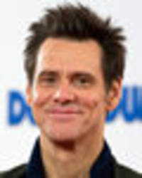 jim carrey stuns fans as he looks unrecognisable in latest selfie