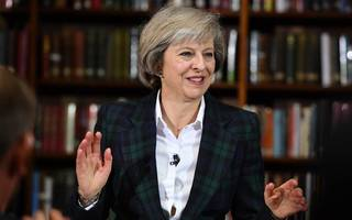 theresa may calls for early general election