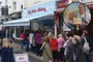 torquay bakery serves 400 customers on its first day of opening