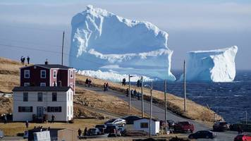 iceberg tourists flock to newfoundland town