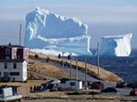 150ft iceberg floats past the canadian coast
