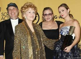 billie lourd and todd fisher reportedly feuding over debbie reynolds and carrie fisher's fortune