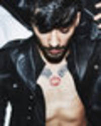 Zayn Malik and Gigi Hadid shock with sultry bedroom snap