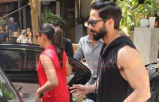 just in photos: shahid kapoor and mira rajput snapped on a lunch date