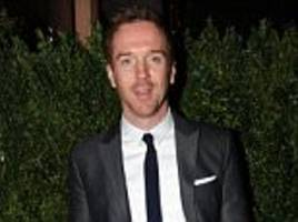 eton educated damian lewis claims he is 'minority actor'