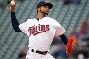 Santana pitches well again, but Indians sweep Twins