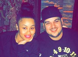 Back On? Rob Kardashian and Blac Chyna Hold Hands in New Passionate Snapchat