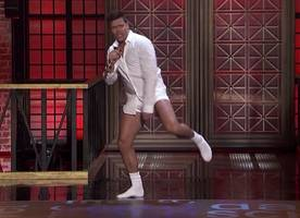 ricky martin goes pantless to recreate 'risky business' scene in 'lip sync battle' preview