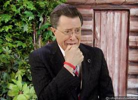 Stephen Colbert and His Alter-Ego Bid 'Papa Bear' Bill O'Reilly a Farewell on 'Late Show'