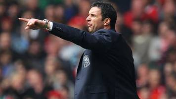 Gary Speed: Ex-Wales manager and player to be inducted in Hall of Fame