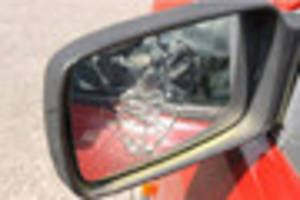 Road rage driver smashes up lorry wing mirror during row