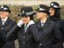 New Met chief Cressida Dick inspects her new recruits