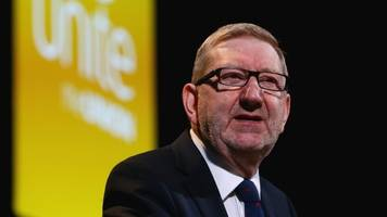 Len McCluskey re-elected as Unite general secretary
