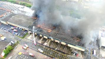 'Difficult' investigation into Worcester warehouse fire