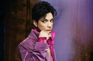 sometimes it snows in april: mourning prince