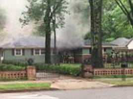 elvis presley's former memphis home catches on fire