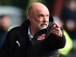 wigan want to rehire former boss uwe rosler from fleetwood