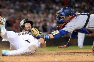d-backs erupt for 9 runs in 8th to rout dodgers