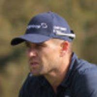 fisher's course record seals zim lead