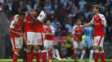 FA Cup: Arsenal 2-1 Manchester City (aet) highlights