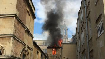 flat fire in bath causes disruption in city centre