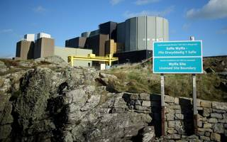 hitachi set for talks with greg clark over welsh nuclear plant