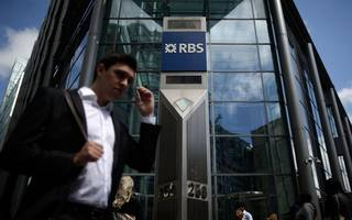 rbs expected to swing back to profits in the first quarter of 2017