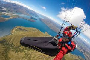 tragic expat scot plummets to his death while para-gliding in new zealand